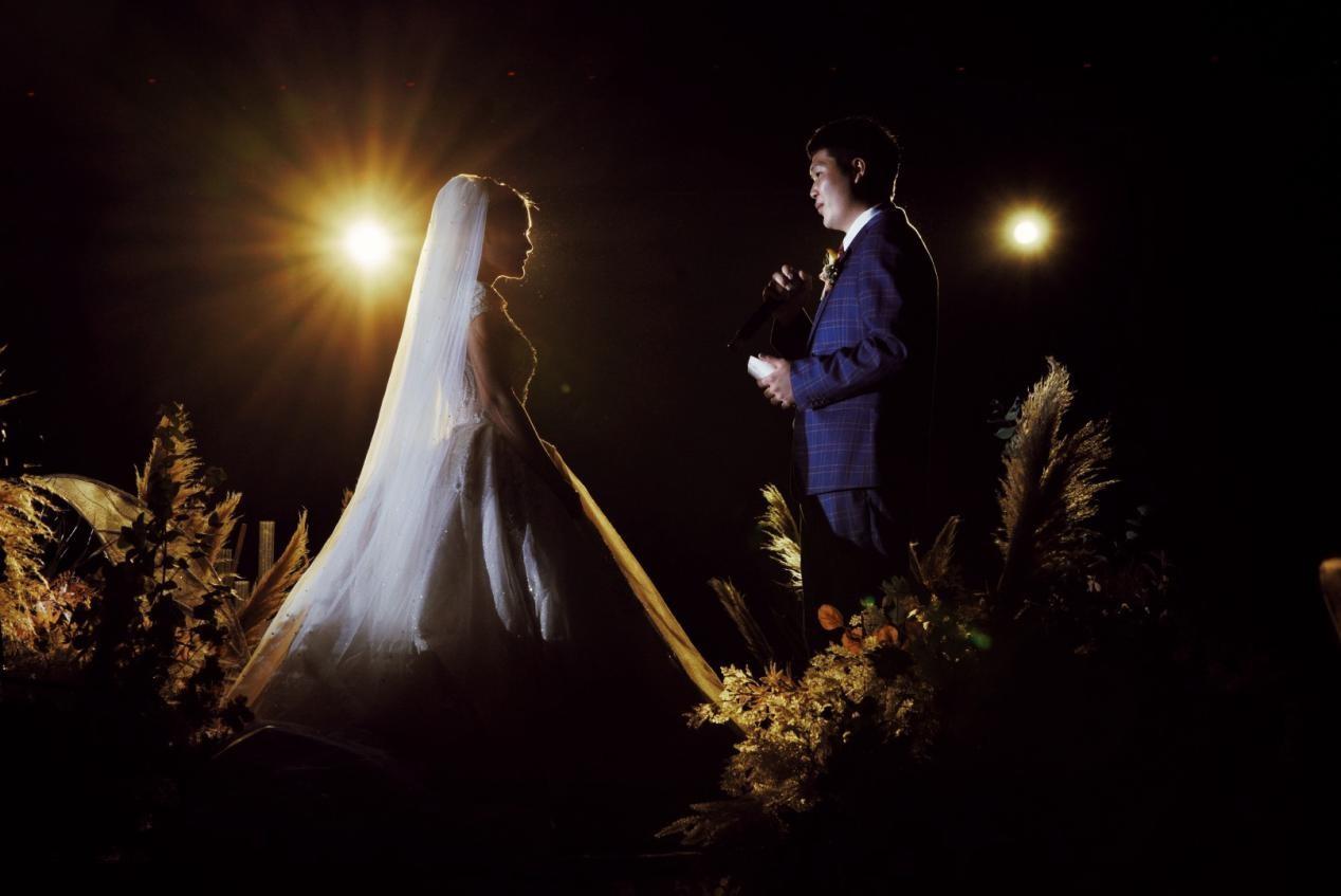 """援鄂故事后续,一场""""迟到的""""盛大婚礼"""