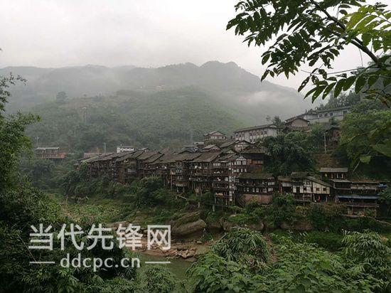 赤水gdp_NO.237 赤水 旅游 扶贫 奏响富民音(2)