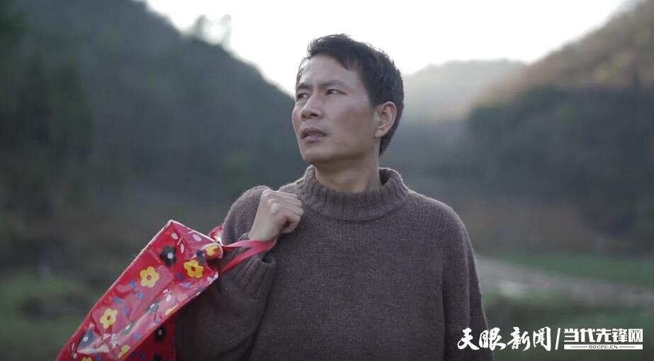 【东咚锵】朱哥回乡记(中):我媳妇搬了新家……